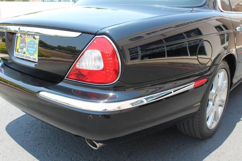 Used-2005-Jaguar-XJ8L-Long-Wheelbase-New-Ferrari-Lake-County