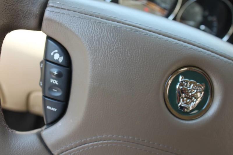 Used-2005-Jaguar-XJ8L-Long-Wheelbase-Mercedes-Benz