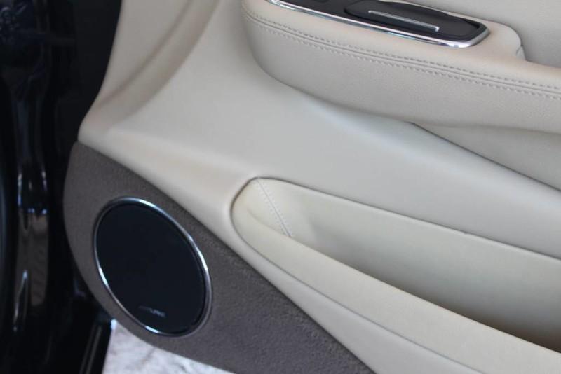 Used-2005-Jaguar-XJ8L-Long-Wheelbase-Audi