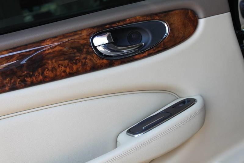 Used-2005-Jaguar-XJ8L-Long-Wheelbase-New-Nissan-Dealership-Lake-County