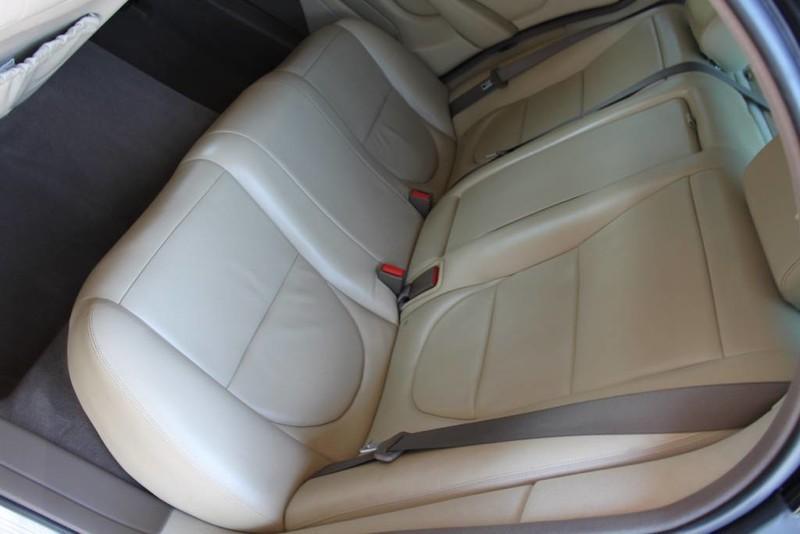 Used-2005-Jaguar-XJ8L-Long-Wheelbase-Honda-for-sale-Highland-park