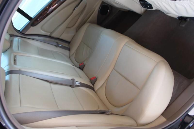 Used-2005-Jaguar-XJ8L-Long-Wheelbase-Used-car-deals-Lake-County-IL