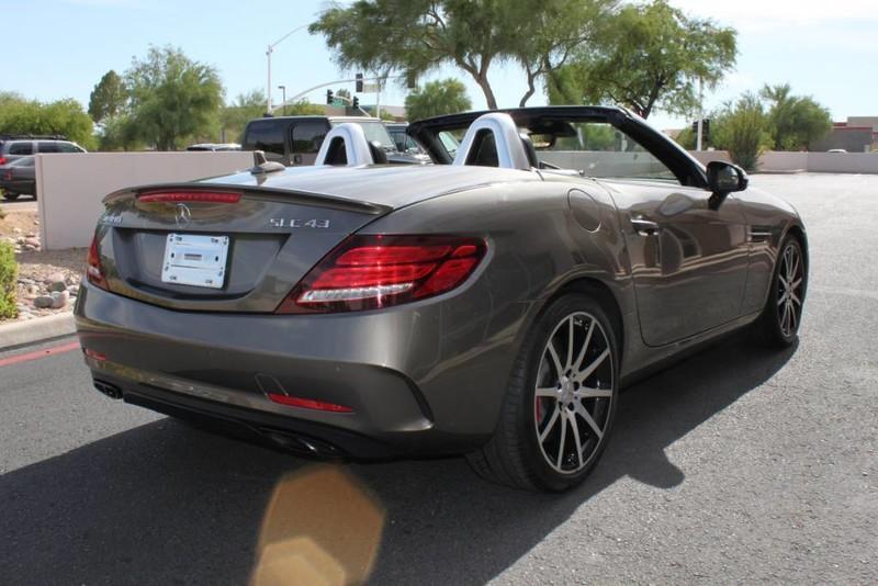 Used-2017-Mercedes-Benz-SLC-AMG-SLC-43-Classic