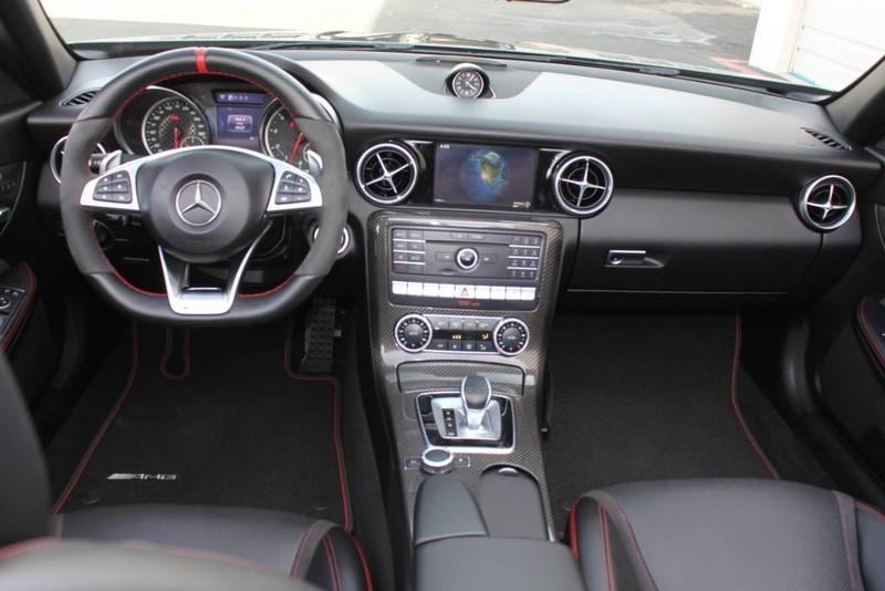 Used-2017-Mercedes-Benz-SLC-AMG-SLC-43-vintage