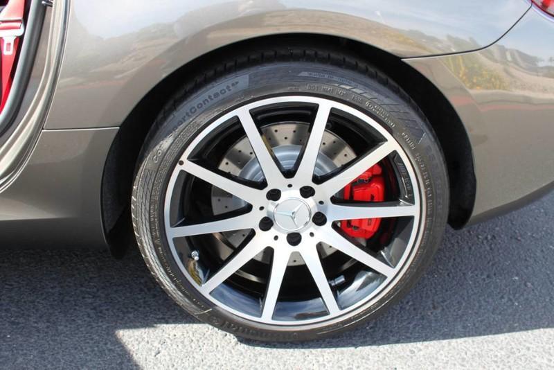Used-2017-Mercedes-Benz-SLC-AMG-SLC-43-Porsche
