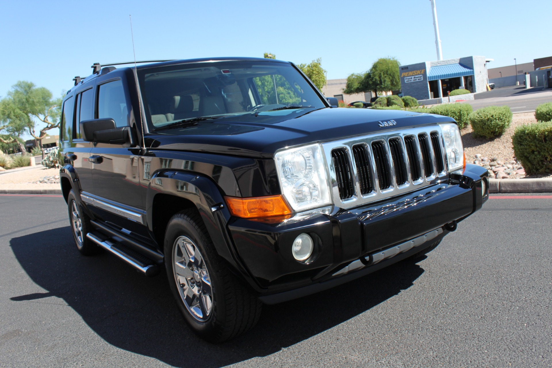 Used-2007-Jeep-Commander-Limited-Mercedes-Benz