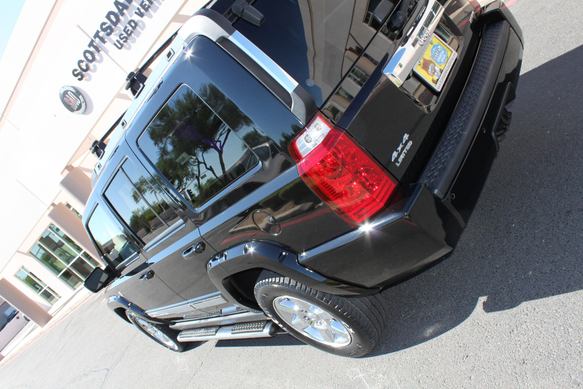 Used-2007-Jeep-Commander-Limited-4X4