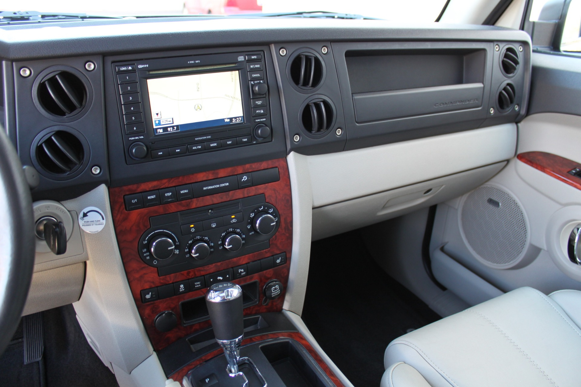 Used-2007-Jeep-Commander-Limited-Range-Rover