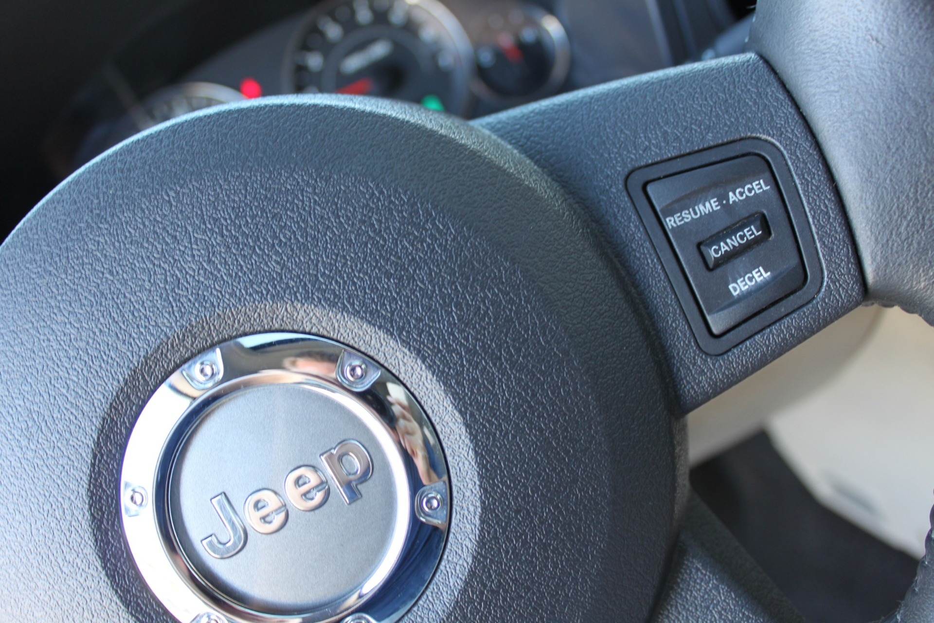 Used-2007-Jeep-Commander-Limited-Jeep