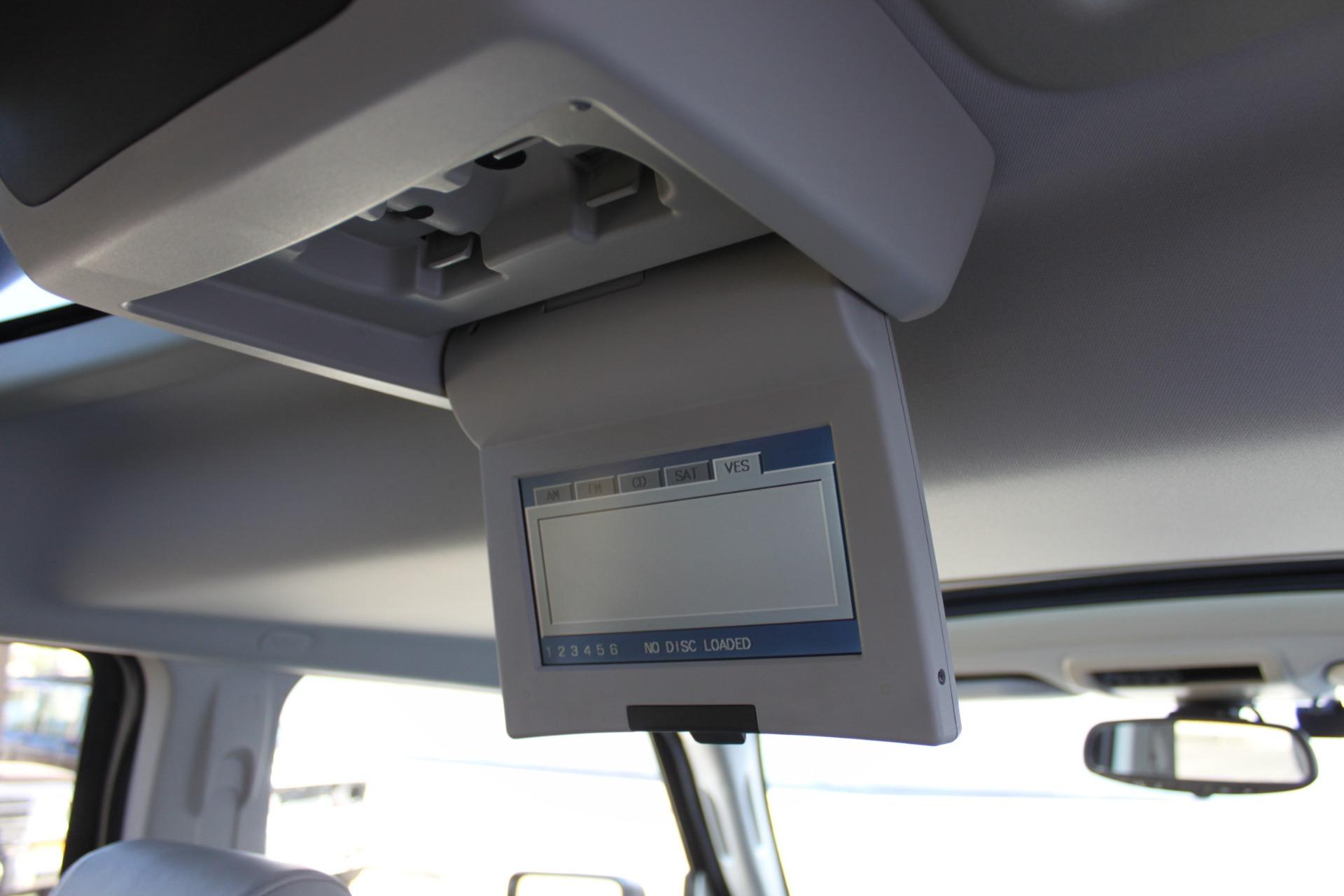 Used-2007-Jeep-Commander-Limited-Audi