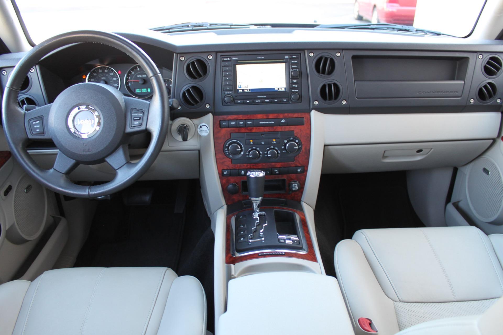 Used-2007-Jeep-Commander-Limited-vintage