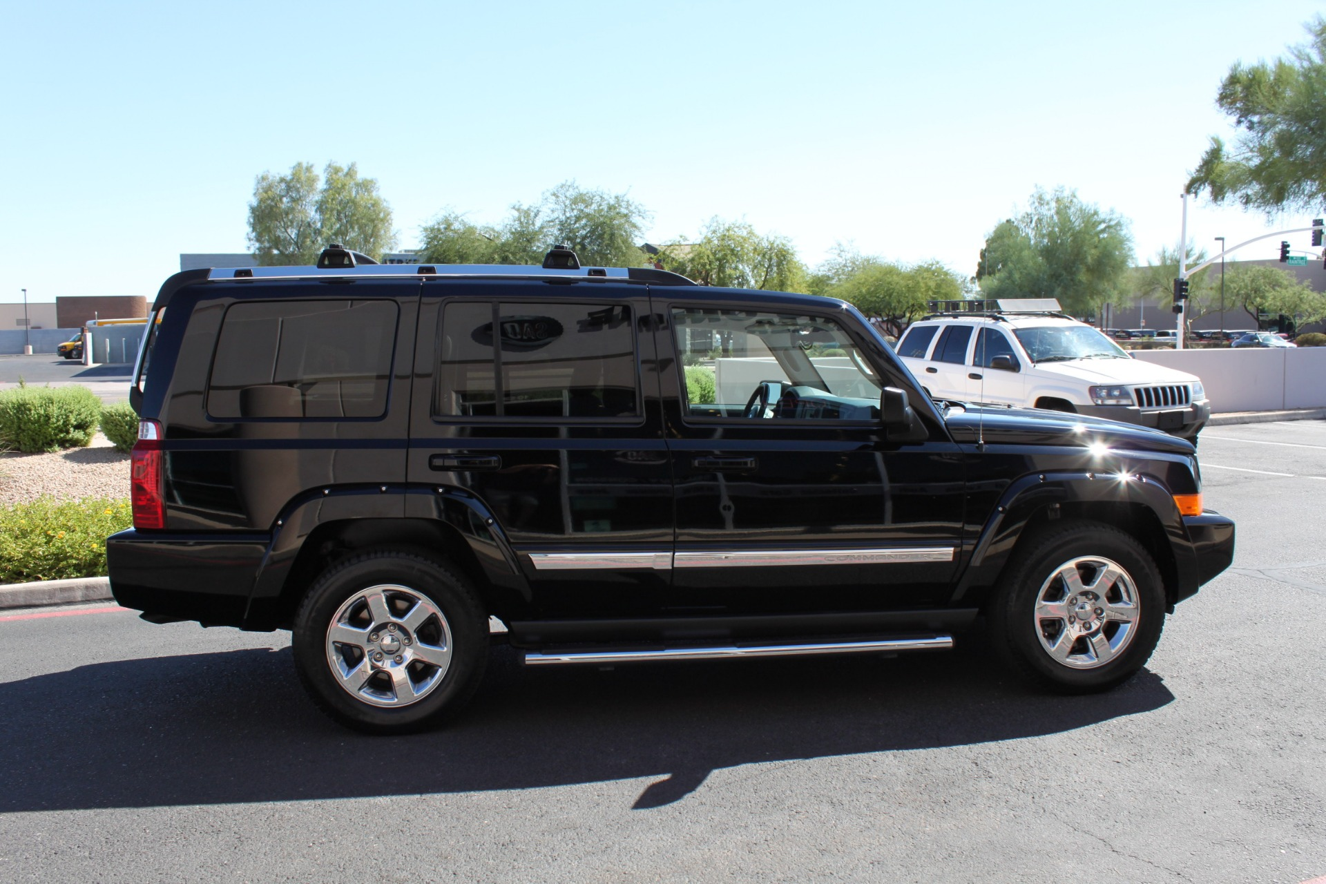 Used-2007-Jeep-Commander-Limited-Chrysler