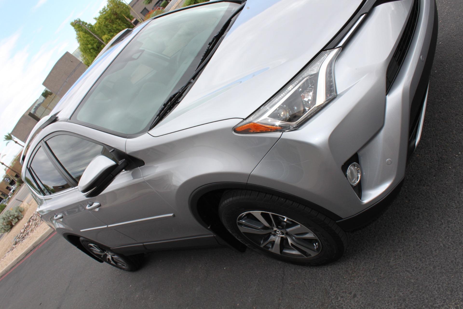 Used-2016-Toyota-RAV4-XLE-4X4