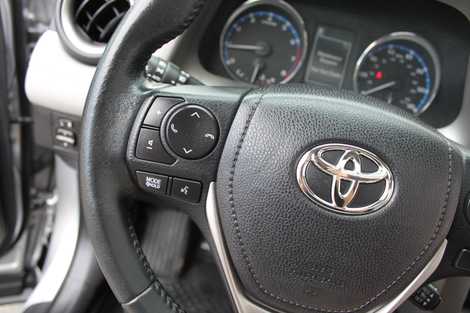 Used-2016-Toyota-RAV4-XLE-Range-Rover
