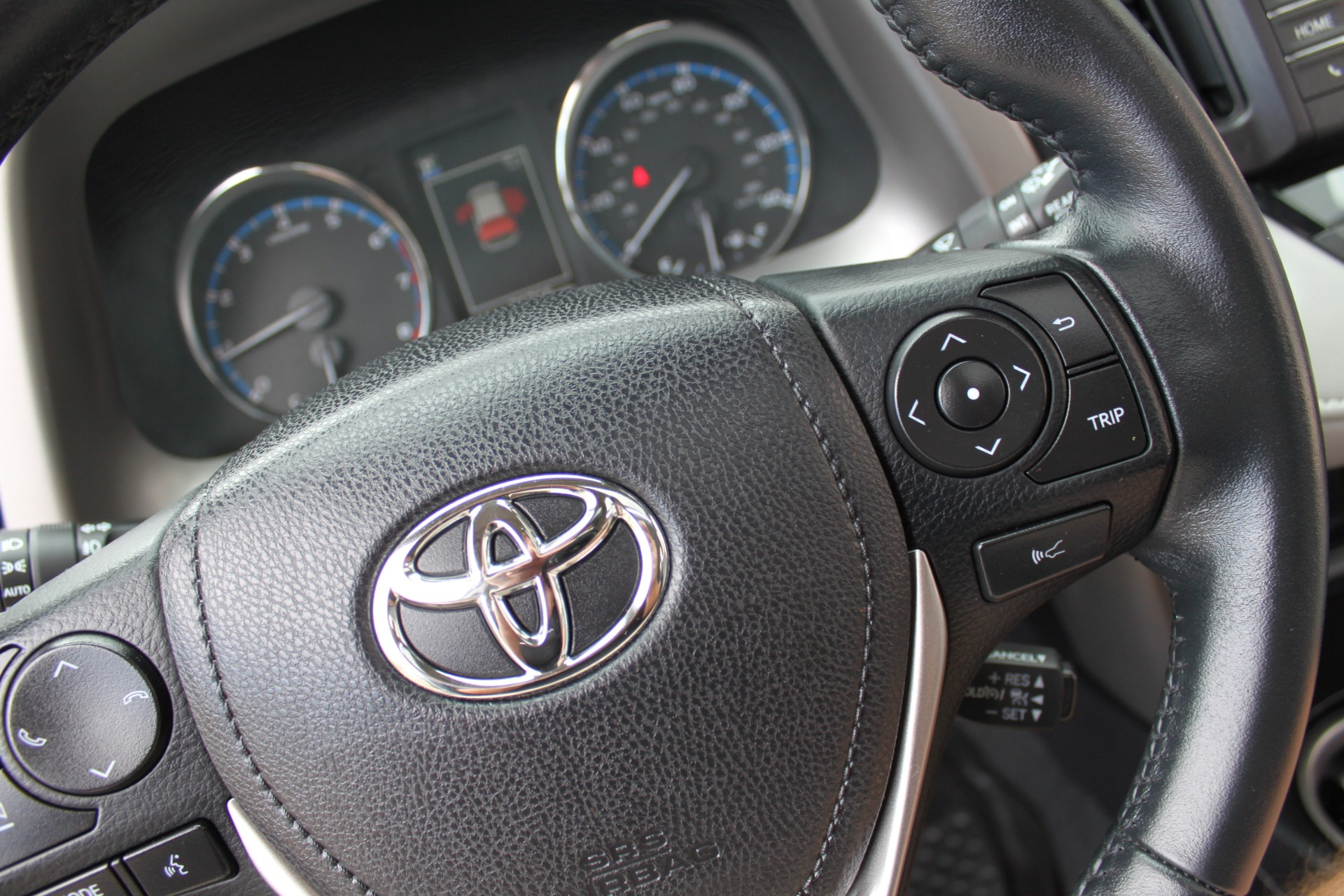 Used-2016-Toyota-RAV4-XLE-Porsche