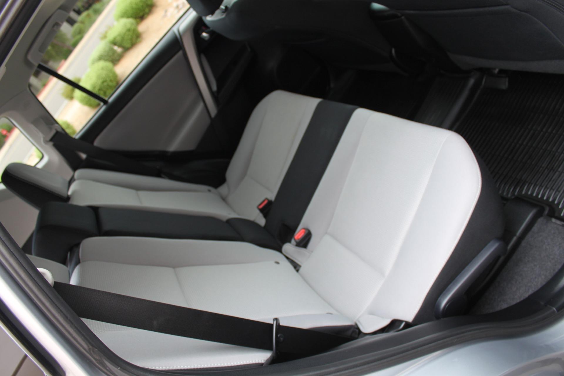Used-2016-Toyota-RAV4-XLE-Grand-Cherokee