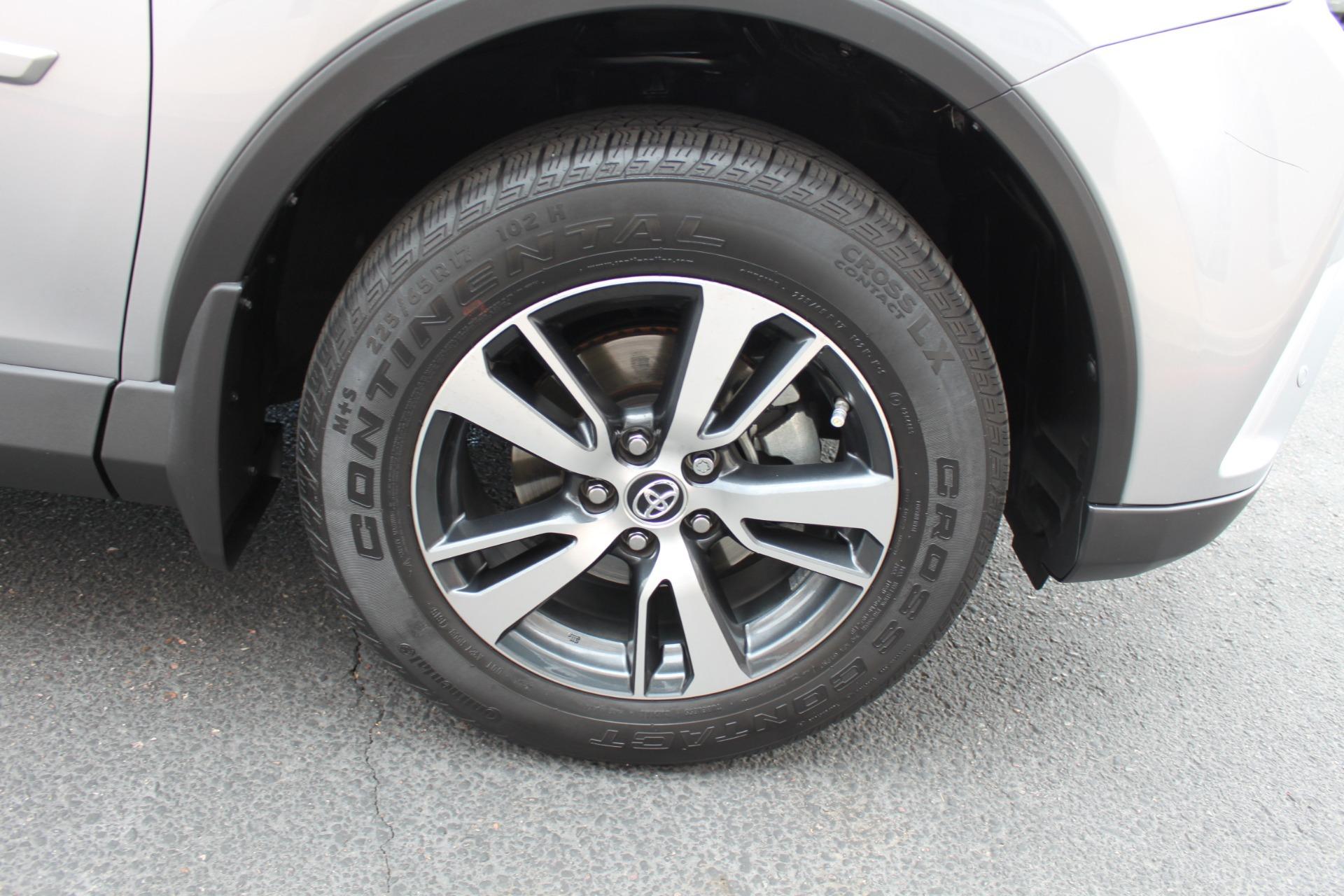 Used-2016-Toyota-RAV4-XLE-Alfa-Romeo