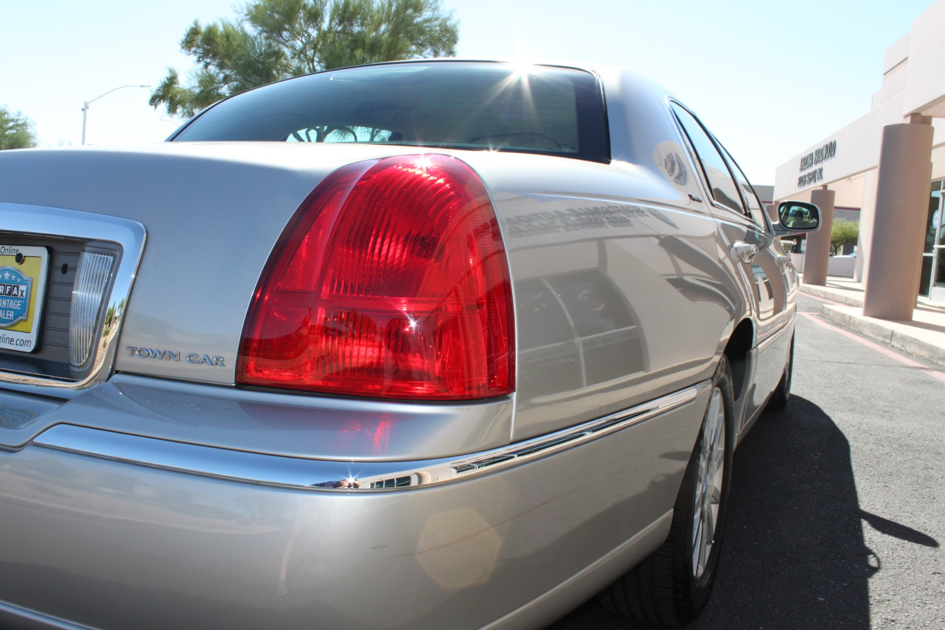 Used-2006-Lincoln-Town-Car-Signature-Chevrolet