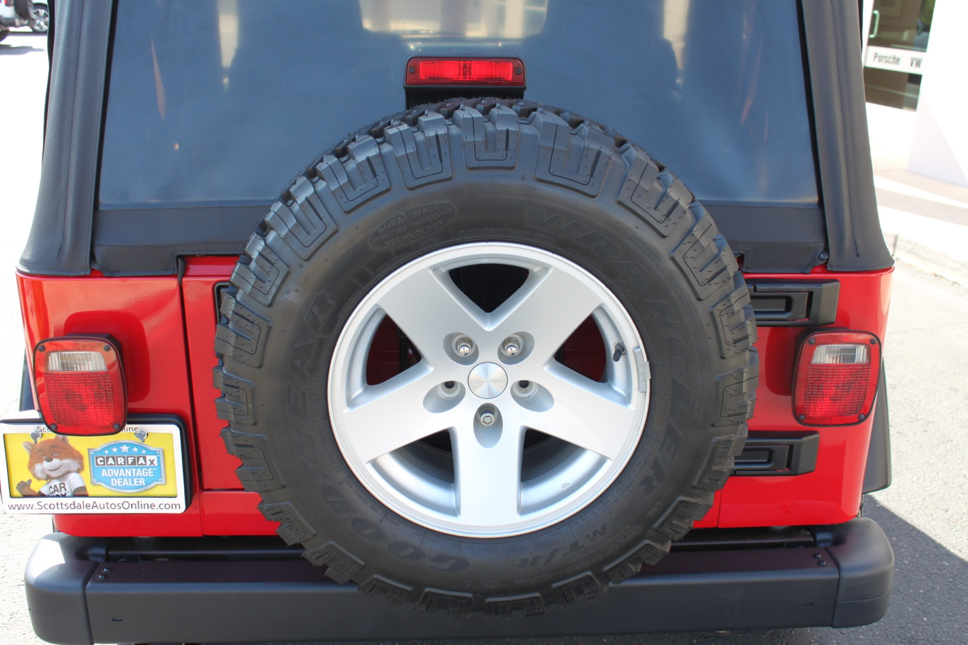 Used-2006-Jeep-Wrangler-Rubicon-LS400