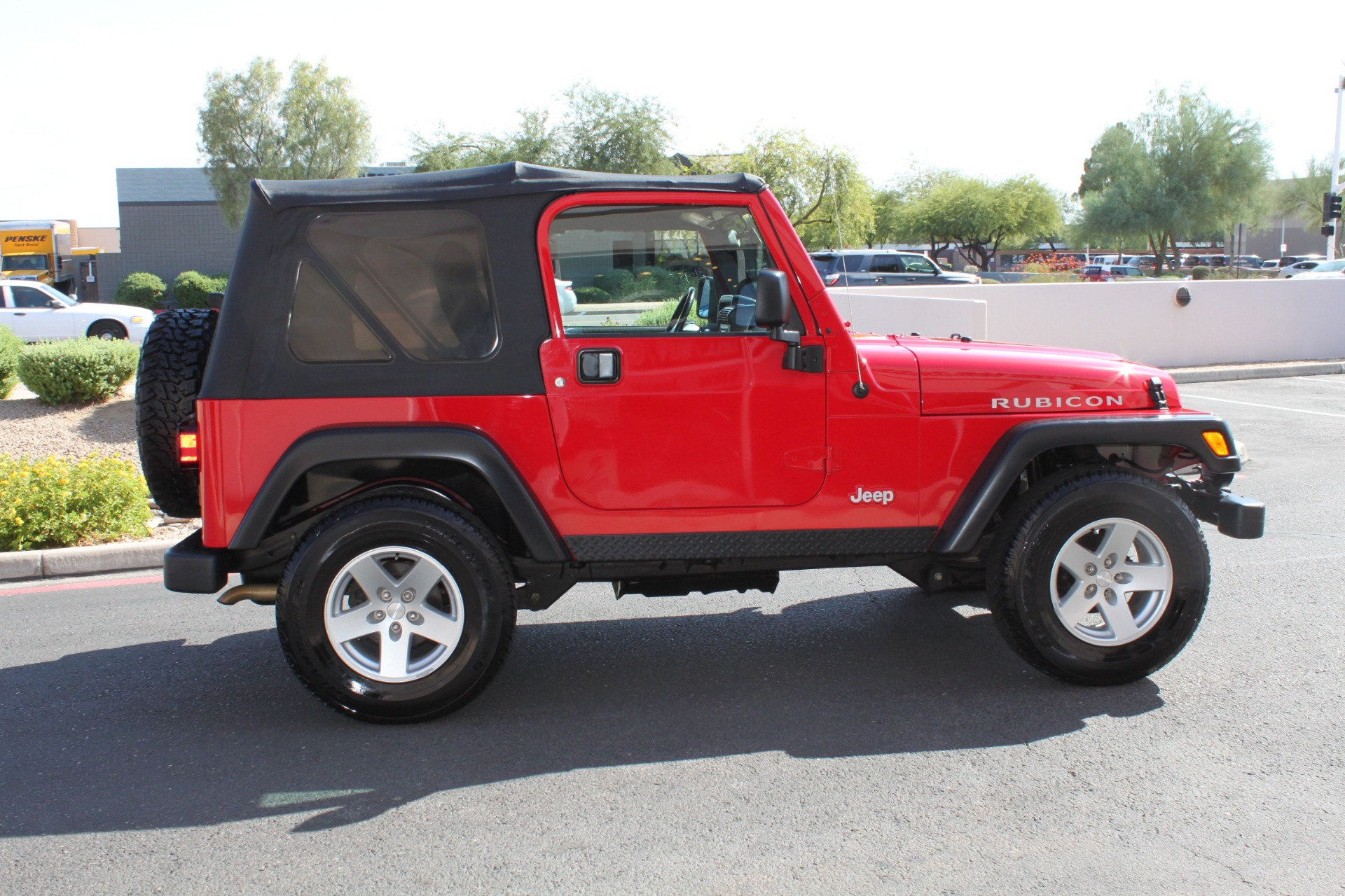 Used-2006-Jeep-Wrangler-Rubicon-Chrysler