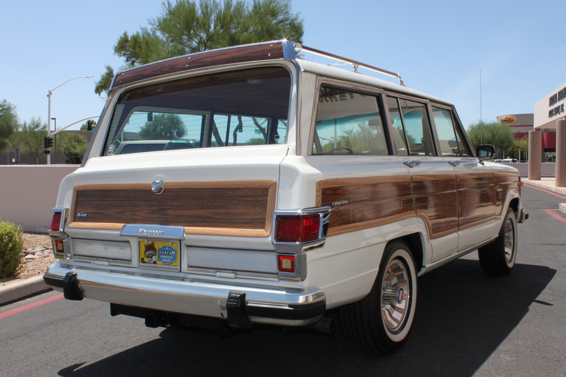 Used-1983-Jeep-Wagoneer-Limited-4WD-Classic
