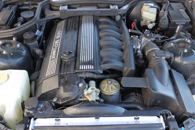 Used-2000-BMW-Z3-M-32L-Lexus
