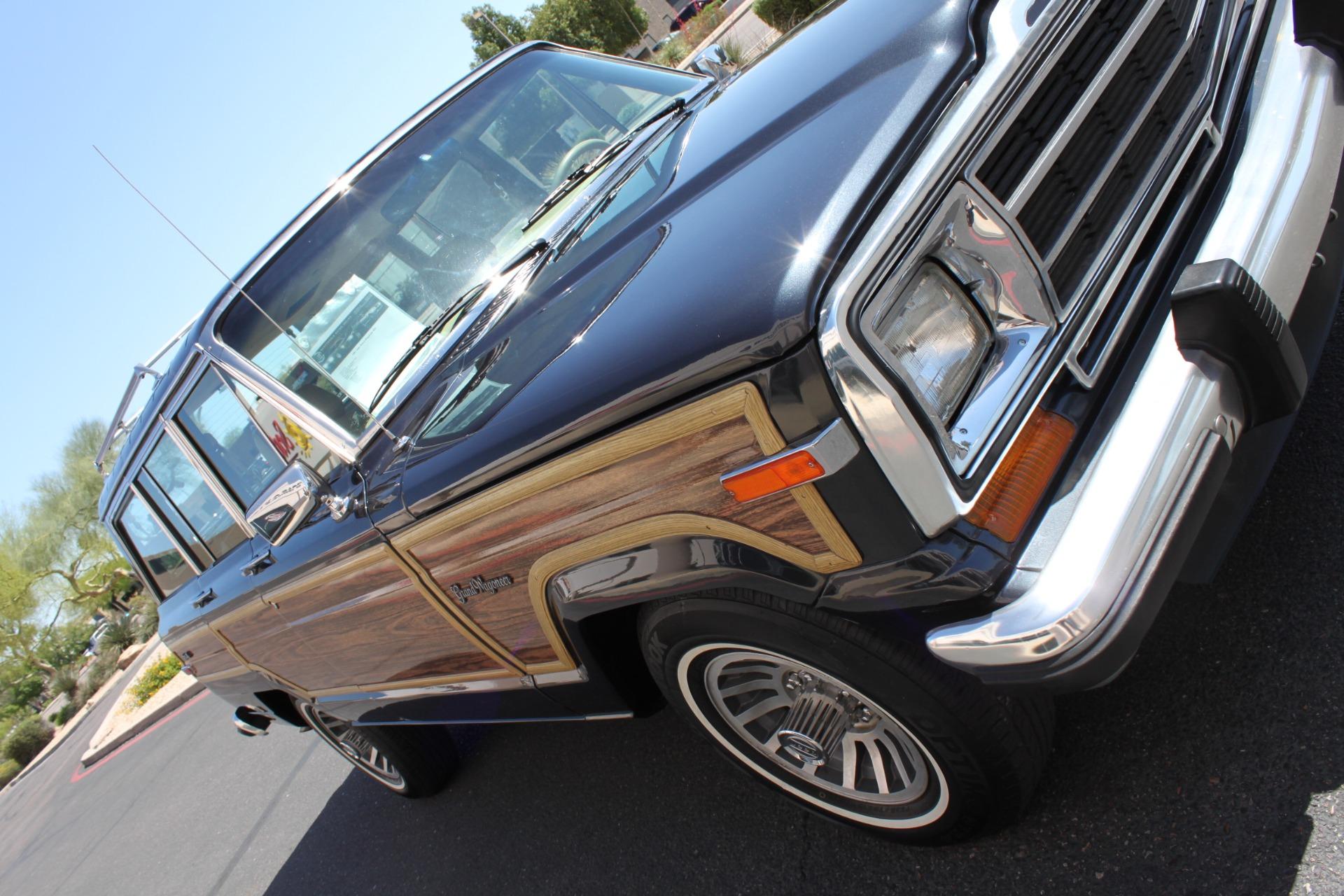 Used-1991-Jeep-Grand-Wagoneer-4X4-Cherokee