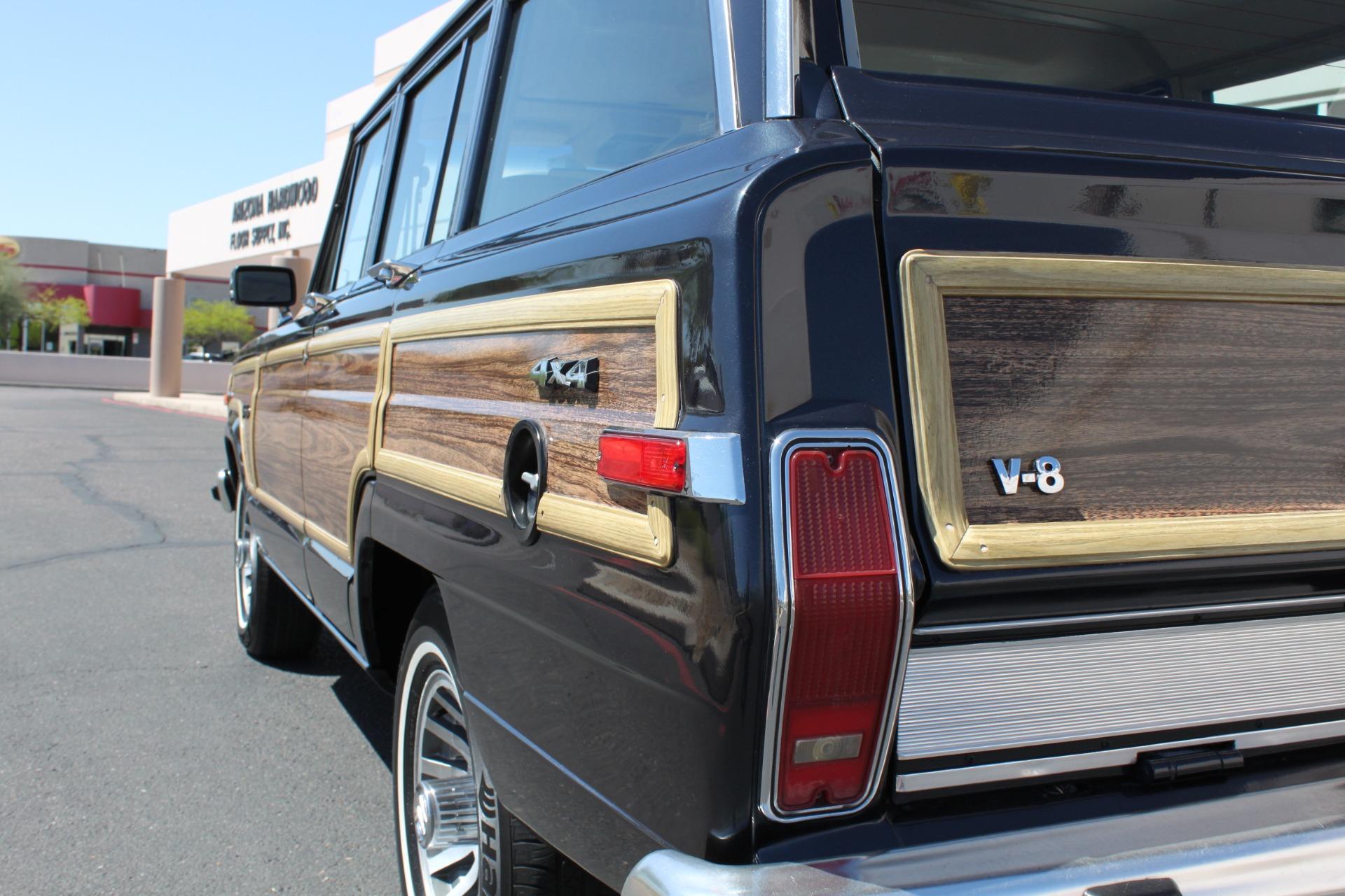 Used-1991-Jeep-Grand-Wagoneer-4X4-Camaro