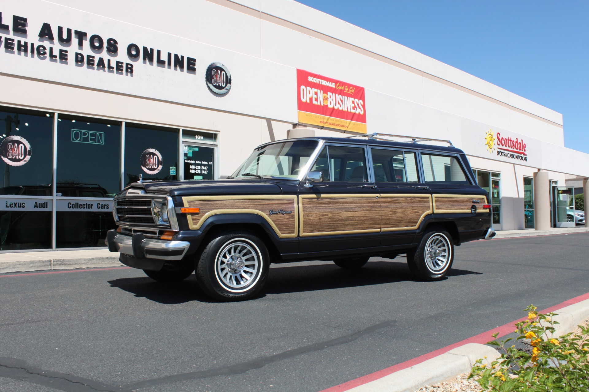 Used-1991-Jeep-Grand-Wagoneer-4X4-Chevelle
