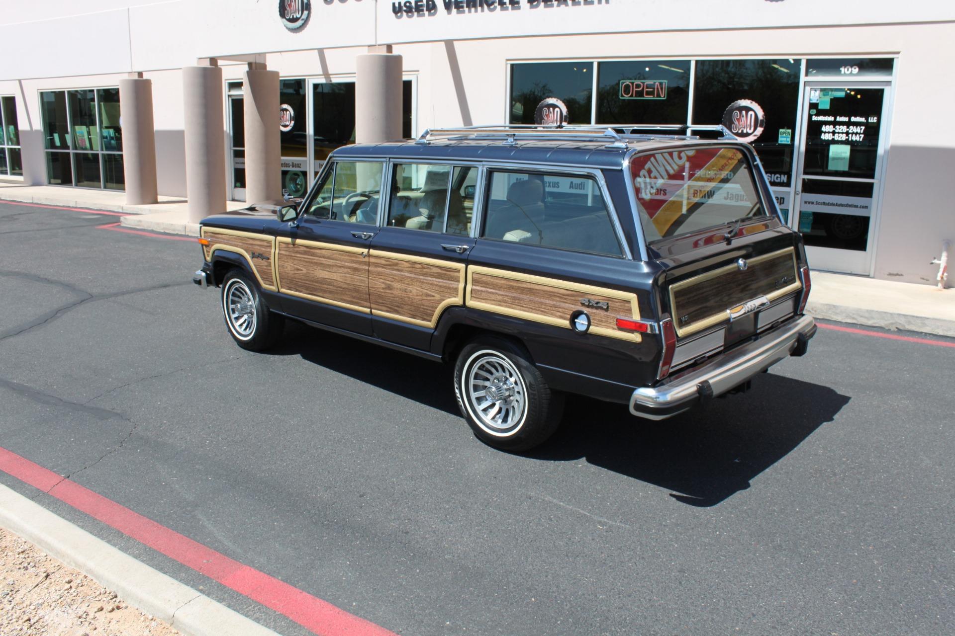 Used-1991-Jeep-Grand-Wagoneer-4X4-Fiat