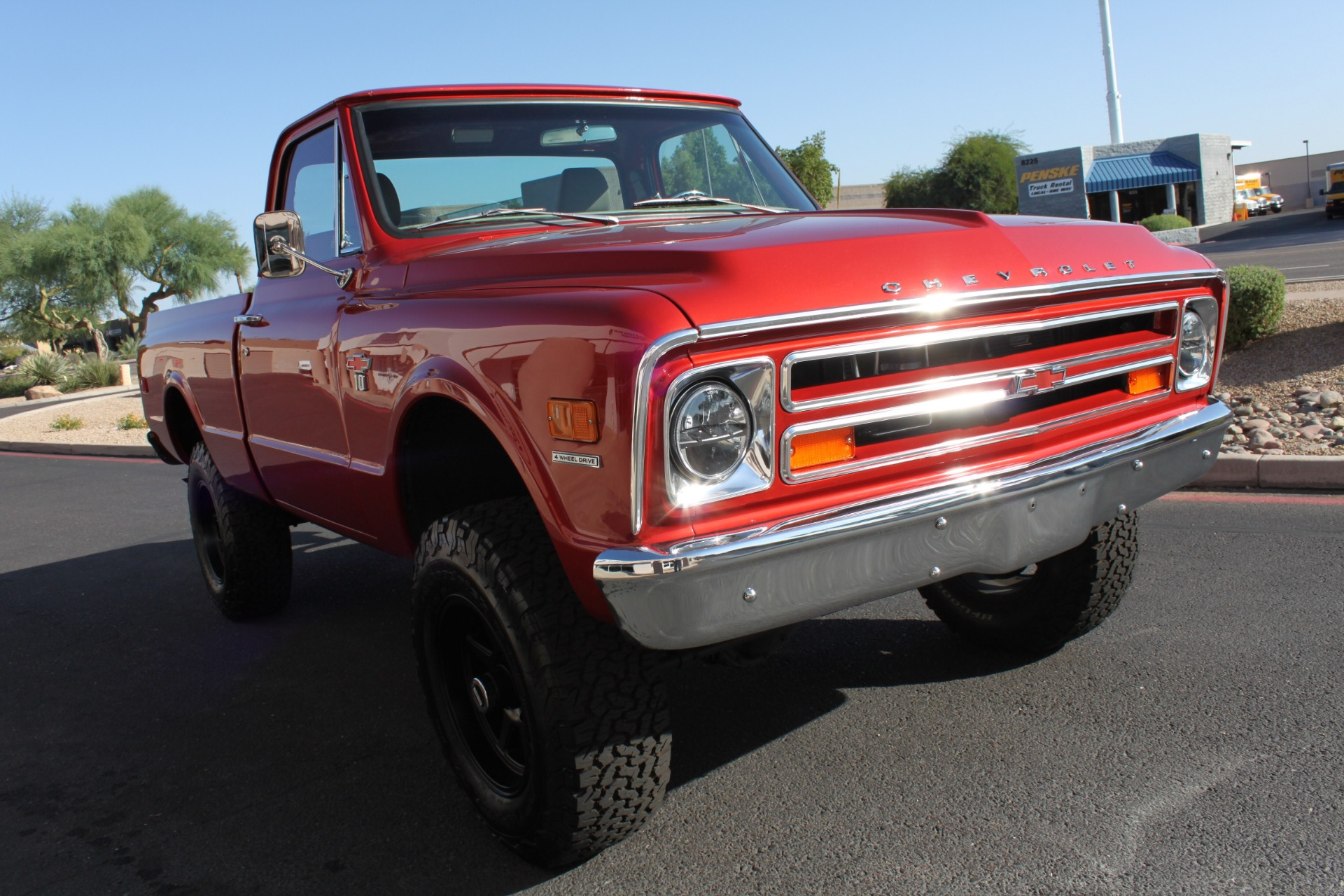 Used-1968-Chevrolet-K10-(C10)-1/2-Ton-Short-Bed-4X4-Cherokee
