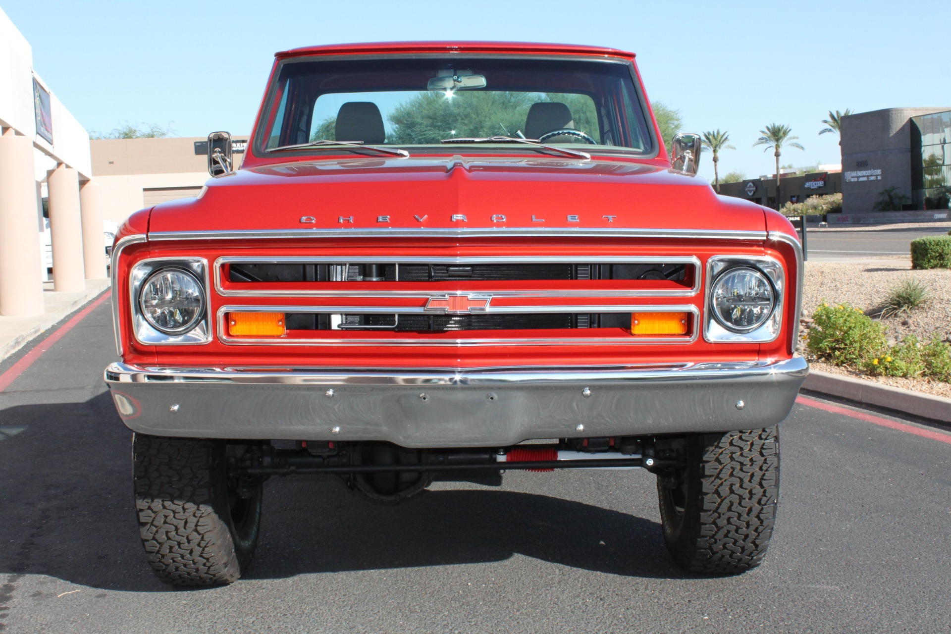 Used-1968-Chevrolet-K10-(C10)-1/2-Ton-Short-Bed-4X4-Grand-Cherokee