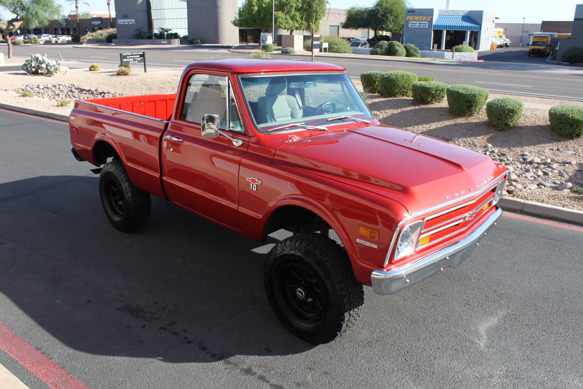 Used-1968-Chevrolet-K10-(C10)-1/2-Ton-Short-Bed-4X4-Ferrari