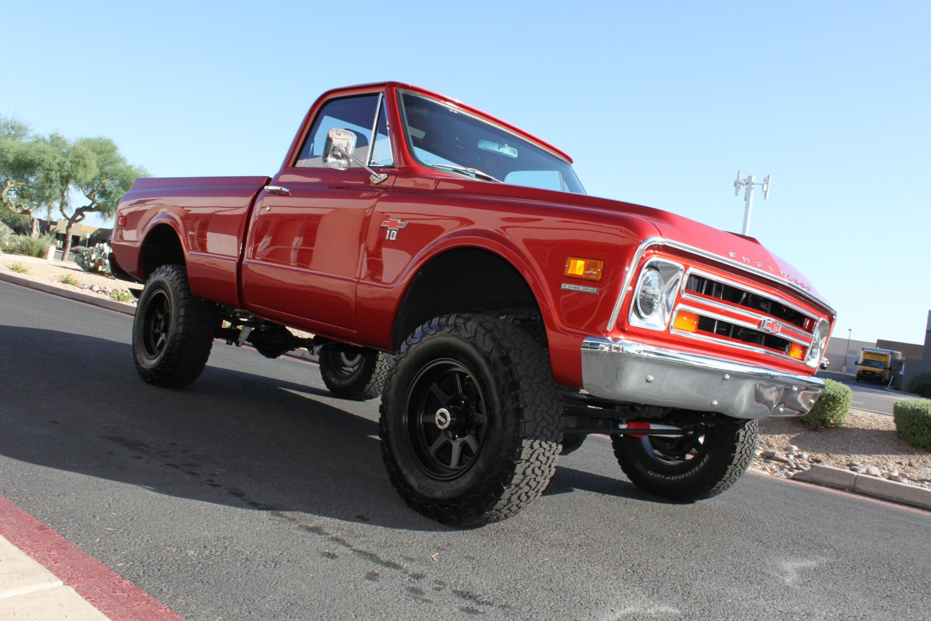 Used-1968-Chevrolet-K10-(C10)-1/2-Ton-Short-Bed-4X4-Lamborghini