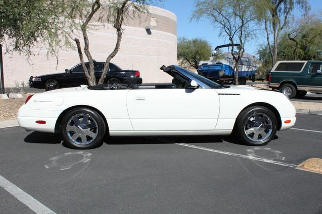 Used-2002-Ford-Thunderbird-w/Hardtop-Premium-Chalenger