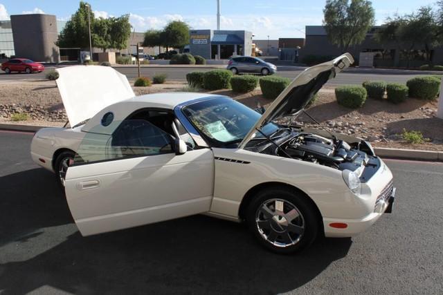 Used-2002-Ford-Thunderbird-w/Hardtop-Premium-Grand-Cherokee