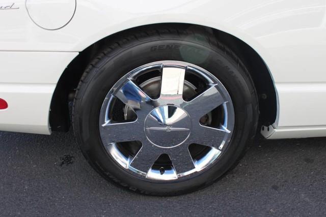 Used-2002-Ford-Thunderbird-w/Hardtop-Premium-Wagoneer