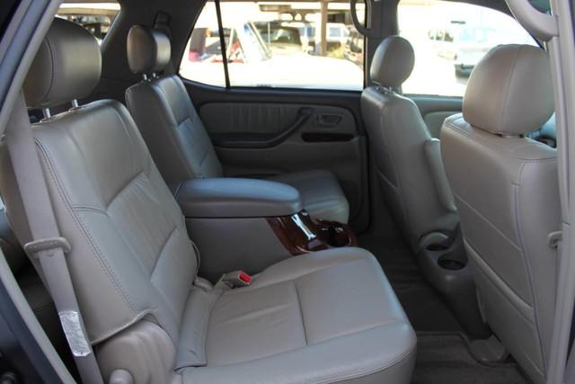 Used-2007-Toyota-Sequoia-Limited-Land-Cruiser