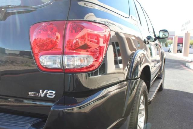 Used-2007-Toyota-Sequoia-Limited-Land-Rover