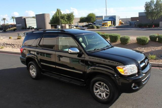 Used-2007-Toyota-Sequoia-Limited-Jeep