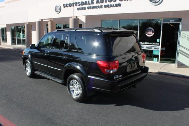 Used-2007-Toyota-Sequoia-Limited-Wagoneer