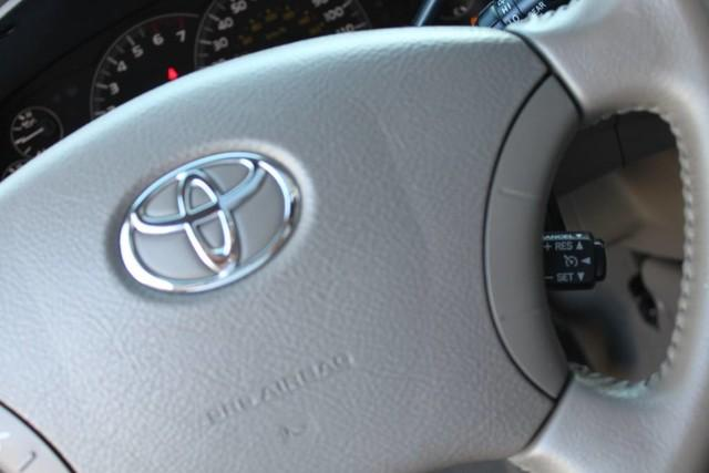 Used-2007-Toyota-Sequoia-Limited-Grand-Cherokee