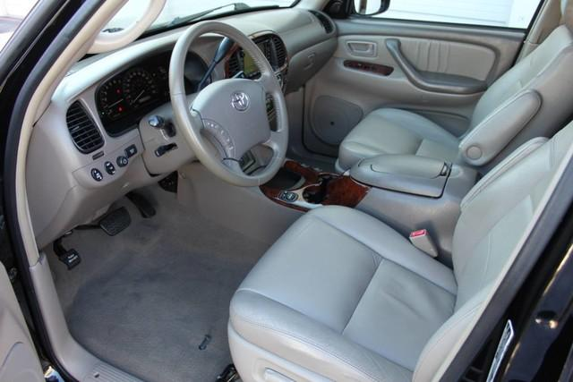 Used-2007-Toyota-Sequoia-Limited-Collector