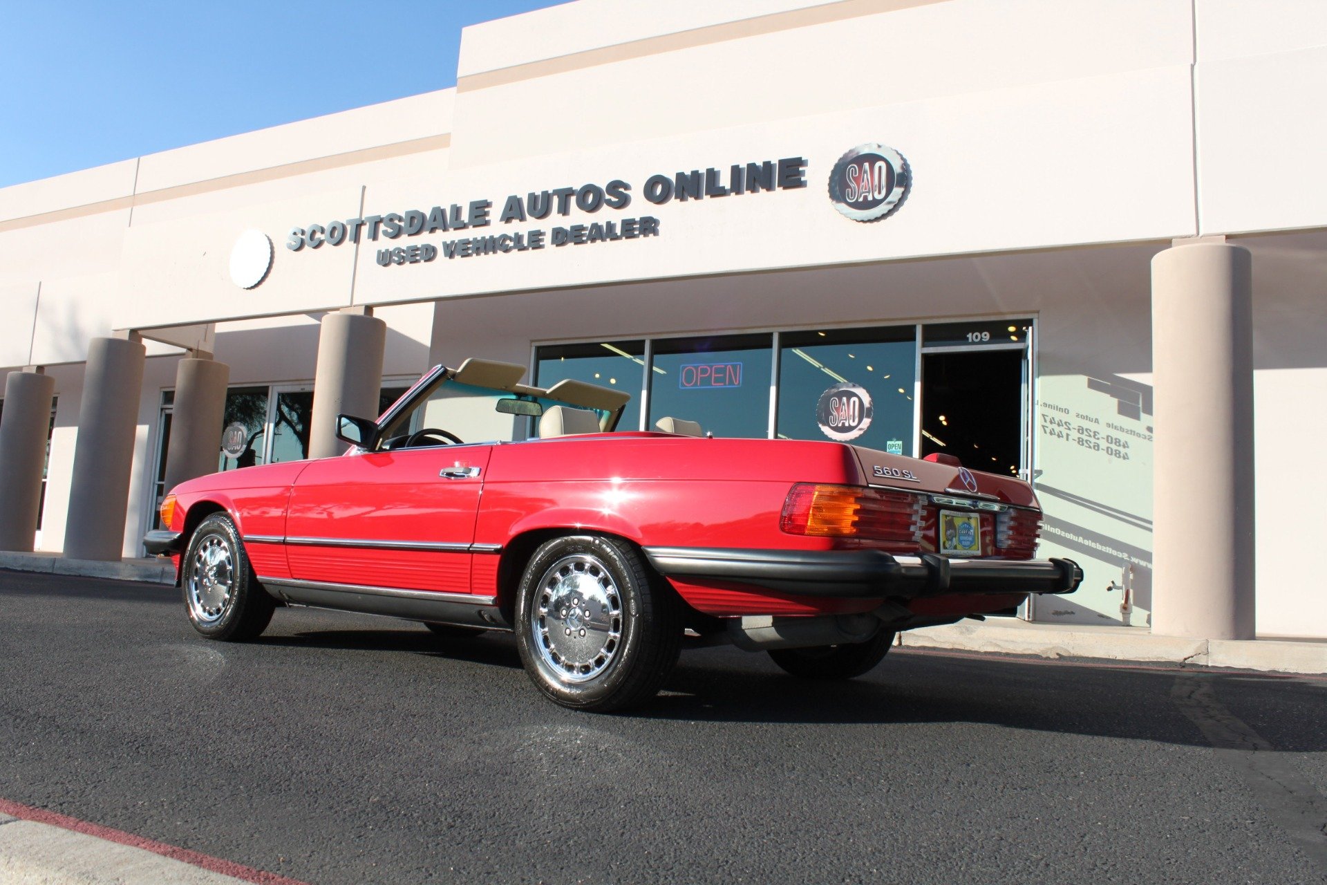 Used-1989-Mercedes-Benz-560-Series-560SL-Fiat