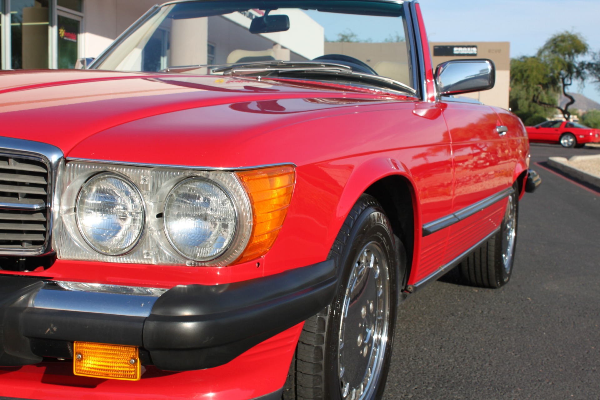Used-1989-Mercedes-Benz-560-Series-560SL-LS400