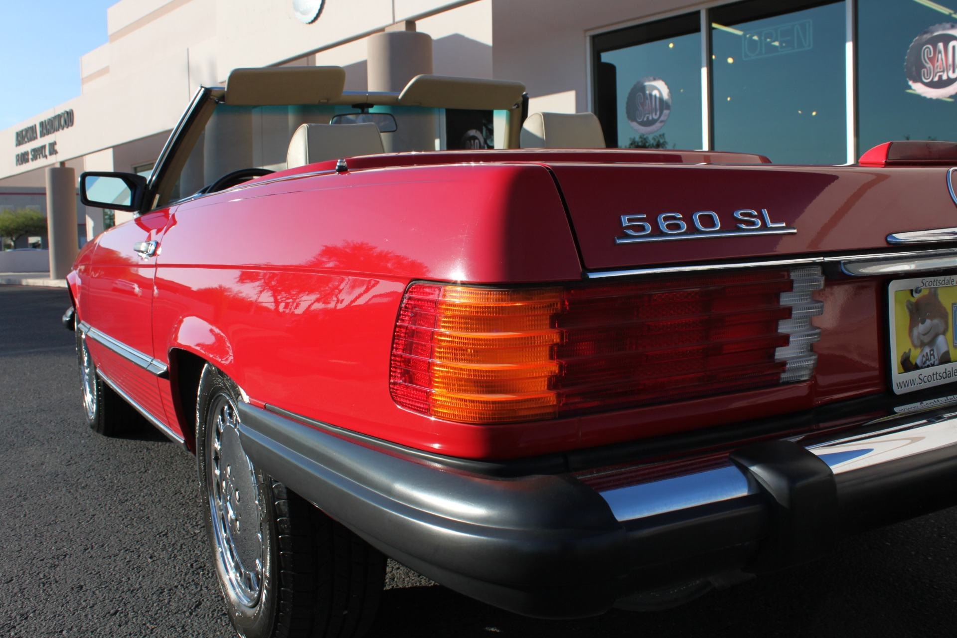 Used-1989-Mercedes-Benz-560-Series-560SL-LS430
