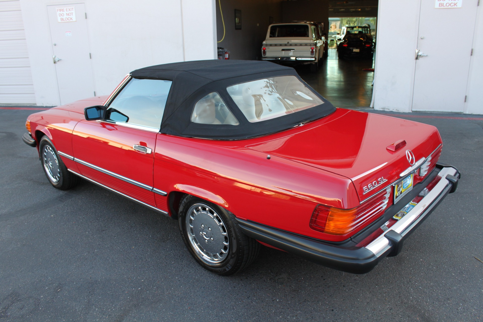 Used-1989-Mercedes-Benz-560-Series-560SL-Ferrari