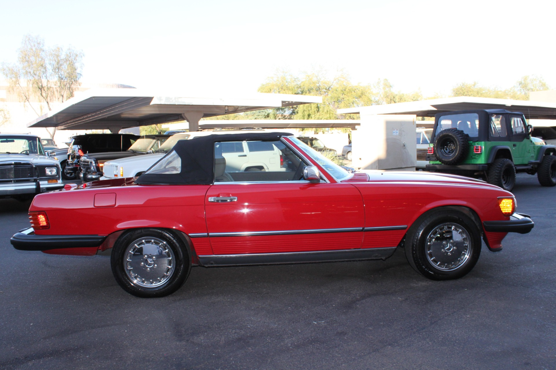 Used-1989-Mercedes-Benz-560-Series-560SL-Lincoln