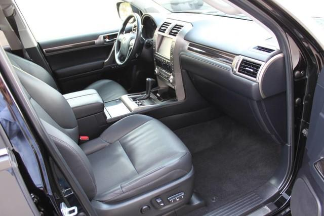 Used-2014-Lexus-GX-460-Chrysler
