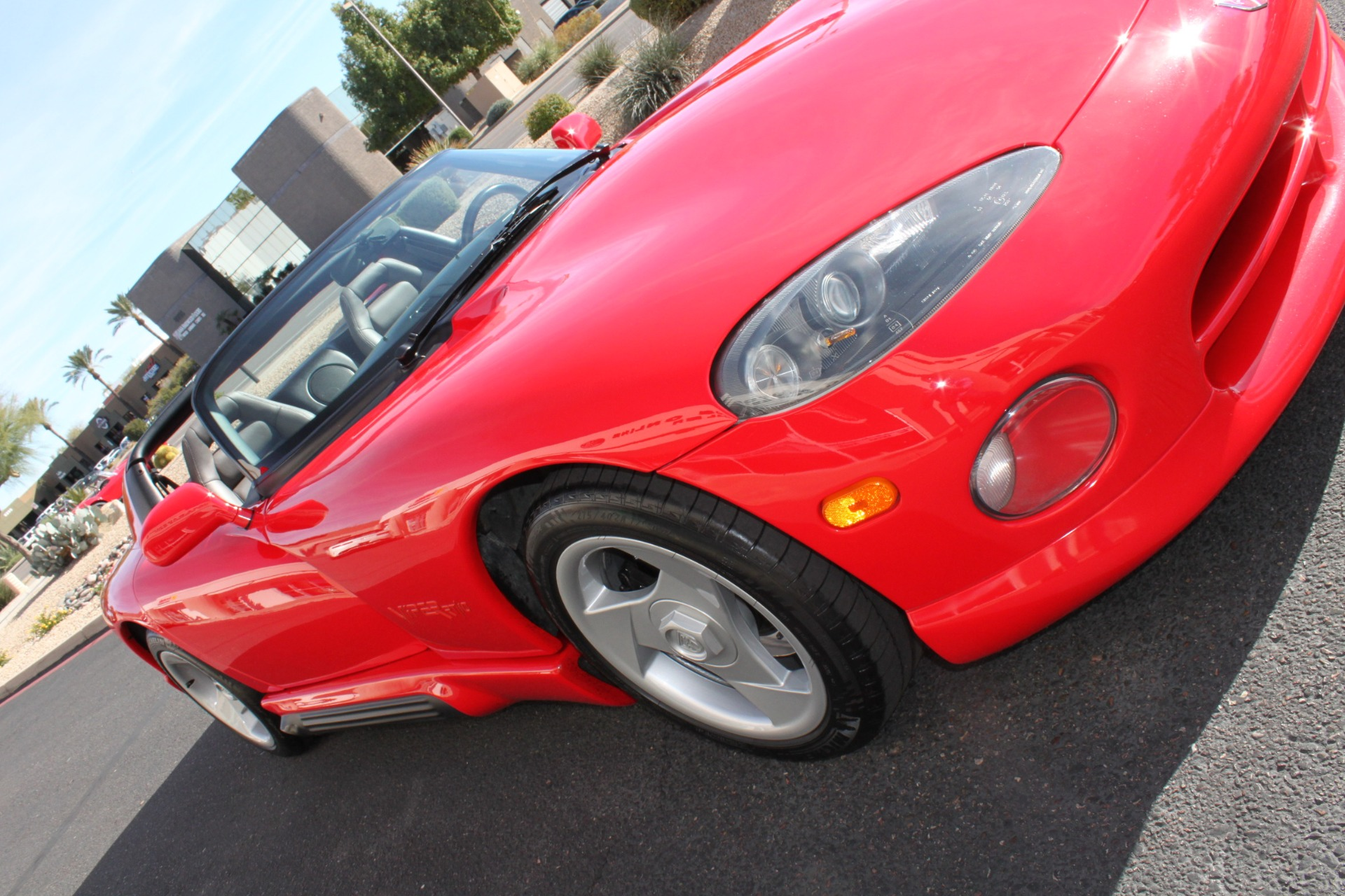 Used-1993-Dodge-Viper-Sports-Car-Cherokee